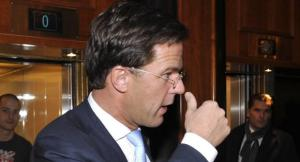 Mark Rutte looking at his thumb