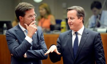 Rutte looking at a big forehead