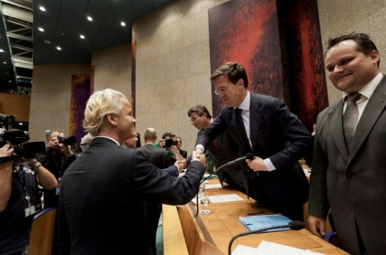 Rutte looking at Beethoven