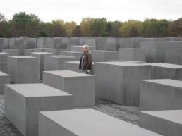 Holocaust Memorial | witchwithaview