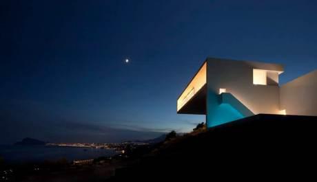 Casa-del-Acantilado-Fran-Silvestre-Arquitectos-flodeau.com-24