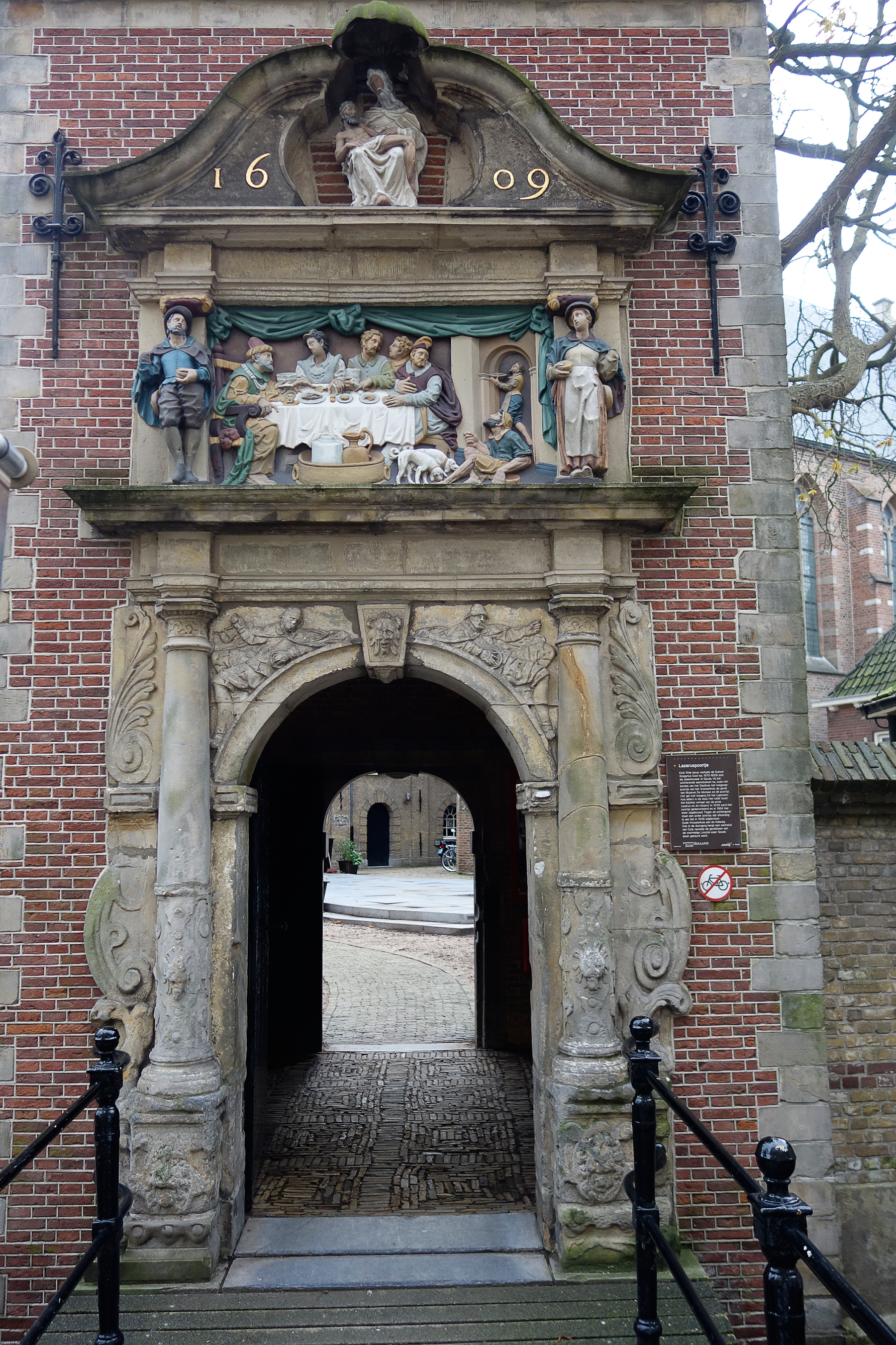 Thursday Doors - Gouda Doors with a History & Thursday Doors u2013 Museum Doors | WitchWithaView | Photography