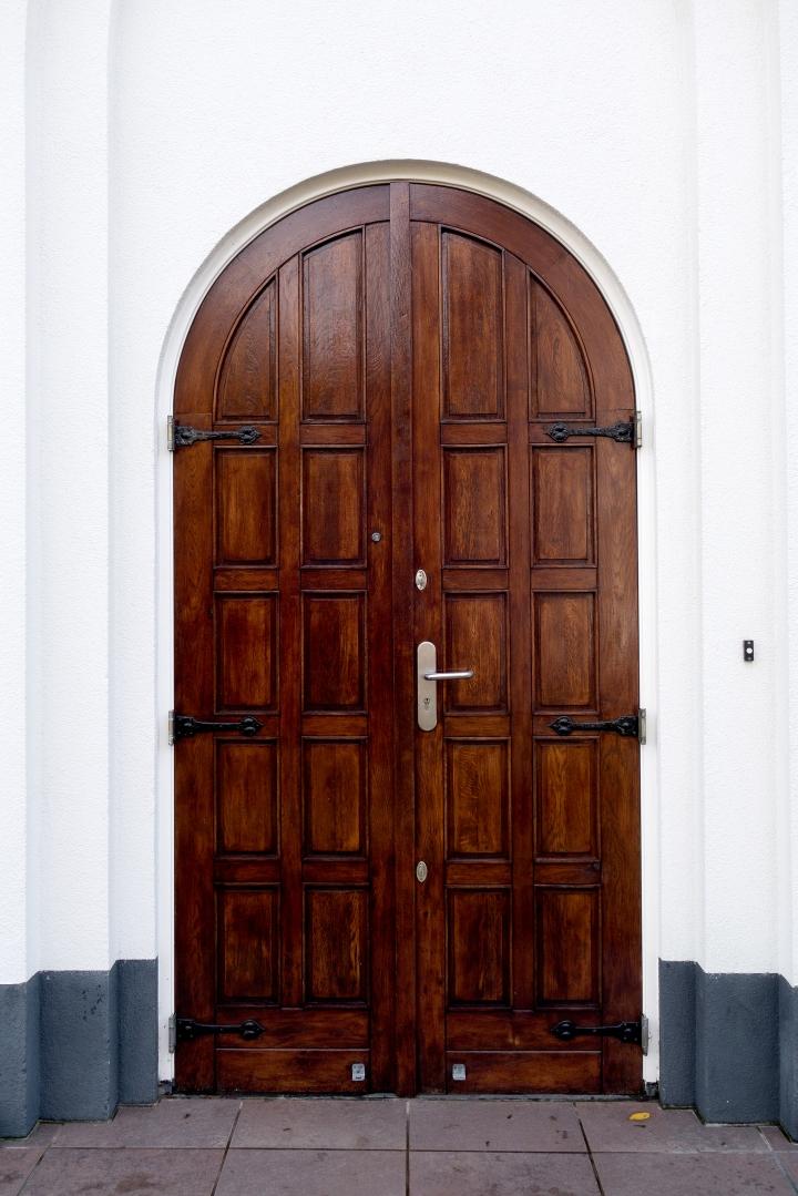 thursday doors russian orhidox church