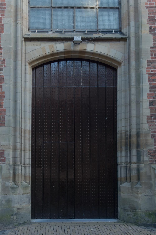 thursday doors st-jan
