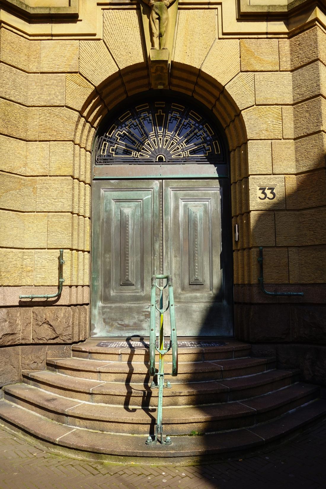 thursdaydoors historic doors raadvanstate