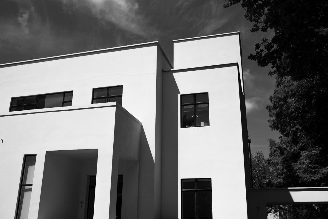 monochrome monday - Chabot museum