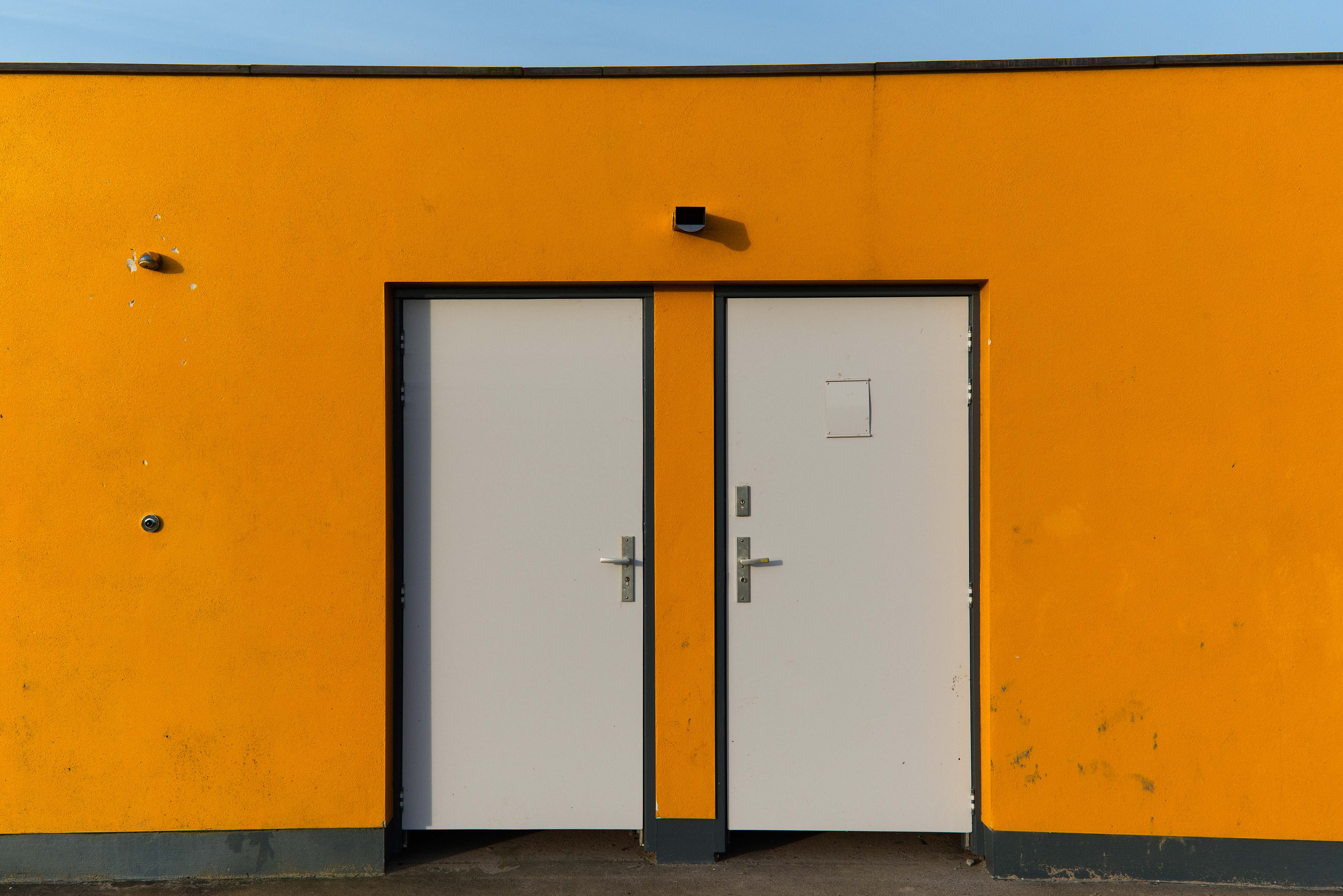 Thursday Doors - Public lavatory & Thursday Doors \u2013 Ugly yellow door | WitchWithaView | Photography