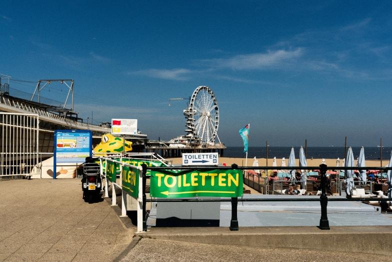Scheveningen - Looking at the sea